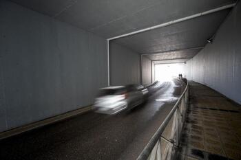 Cortan el túnel bajo la BU-11 para eliminar las filtraciones