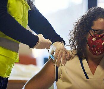 La vacunación sin cita previa se abre a toda la comarca