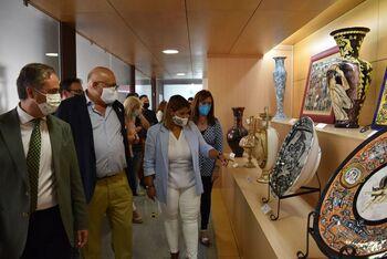 García Élez fortalece vínculos cerámicos con La Rambla