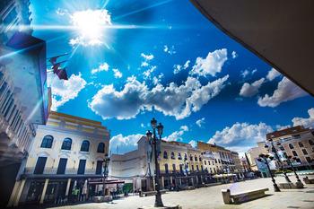 El toldo de la plaza depende de la subsanación del proyecto