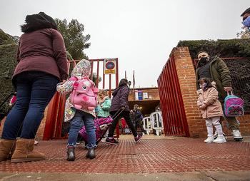 Cinco colegios cierran sus puertas en Castilla y León