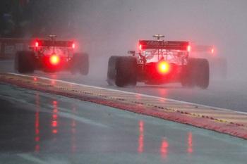 Verstappen gana la carrera más corta de la historia