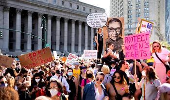 Miles de mujeres defienden el derecho al aborto en EEUU