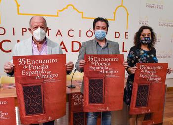 Marwán, Luis Pastor y Julio Llamazares se citan en Almagro