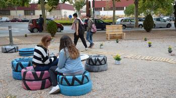 Caminos busca propuestas para un mobiliario urbano 'amable'