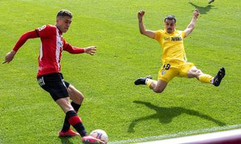 El lateral izquierdo José Matos, sexto fichaje del Burgos CF