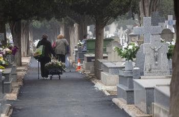 Las funerarias cifran en 36.177 los fallecidos en 2020