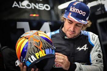 Fernando Alonso lucirá un casco en homenaje a La Palma