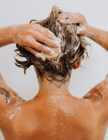 ¿Te lavas correctamente el pelo?