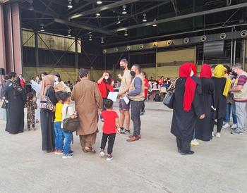 Marchamalo acogerá finalmente una familia refugiada afgana