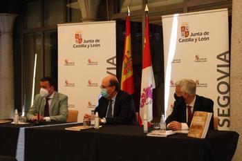 El Museo de Segovia expone 'Las bulas de Cuéllar'