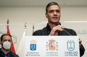 Sánchez anuncia la agilización de ayudas para La Palma