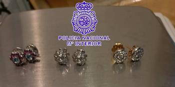 Detenido tras robar joyas en una vivienda y luego venderlas