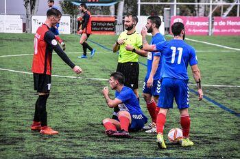 Un Azuqueca letal golea al CD Torrijos (4-1)