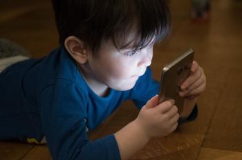 El uso infantil de las redes sociales subió un 76% en 2020