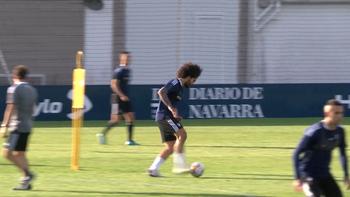 Aridane ya toca balón junto al grupo