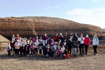 Escolares de Valenzuela visitan el volcán Cerro Gordo