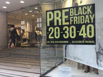 Los comercios podrán abrir el domingo del 'black friday'