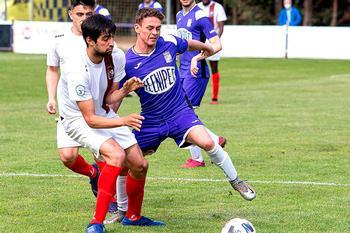 El CD Becerril continúa vivo gracias a dos goles de Eloy