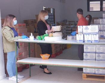 El Ayuntamiento repartirá 32.000 kilos de alimentos