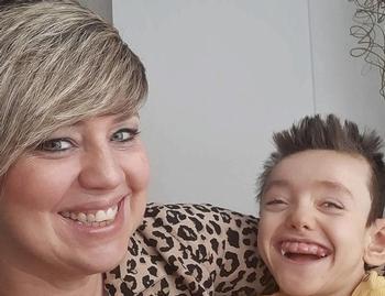 Muere con nueve años Nono, el niño de la eterna sonrisa