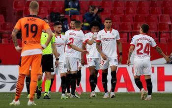 El Sevilla aprieta a los 'grandes'