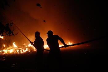 El fuego arrasa el Mediterráneo