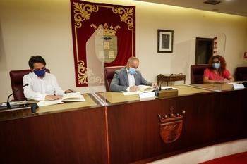 Firman el convenio para dar continuidad a la Tarifa Social