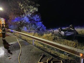 Fallece al salirse de la vía su coche y arder en Valladolid