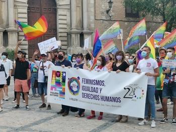 El orgullo Lgtbi pasea el Casco Histórico de Toledo