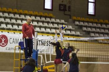El voleibol soriano homenajea a José Miguel Serrato