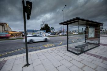 Podemos pide mejorar la información en las paradas de bus