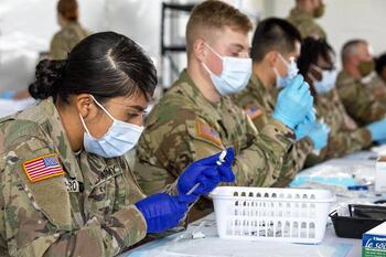 La vacuna será obligatoria para los soldados estadounidenses