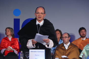 El rector de la IE, honoris causa por la Aalto de Finlandia