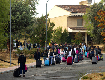 Examen 'abrumadoramente difícil' para más de 80 opositores