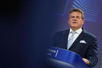 La UE, a Londres: 'No se renegociará el protocolo norirlandés'