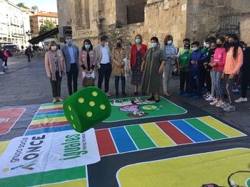 El Día de la ONCE llena de color las calles
