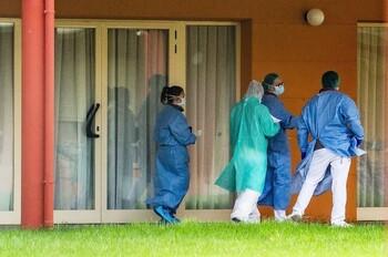 El confinamiento en residencias influyó en letalidad Covid