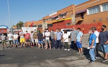 Los 46 trabajadores de Mafricentro llevan 3 meses sin cobrar