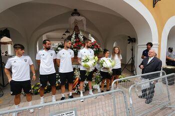 El Albacete efectuó la ofrenda de flores a la patrona