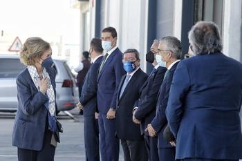 La reina Sofía visita el Banco de Alimentos