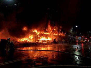 Al menos 46 muertos en un incendio en un edificio de Taiwán