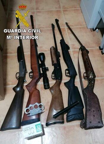 Detenido en Los Navalmorales con un arsenal de armas