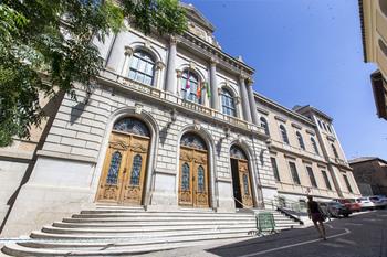 La Diputación transfiere la titularidad de una carretera