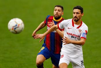 Messi y Dembélé meten al Barça en la pelea