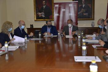 Constituida la comisión de seguimiento entre Sanidad y UCLM