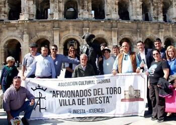 La asociación taurina de Iniesta vivirá la Goyesca de Ronda