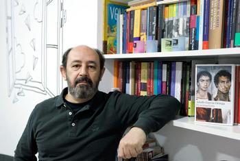 García Ortega invita a reconectar con el mundo en su libro