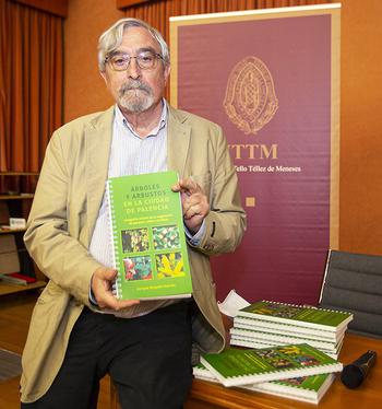 Enrique Delgado cataloga 217 especies de árboles y arbustos