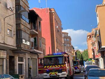 Un incendio calcina un piso vacío en Alférez Provisional